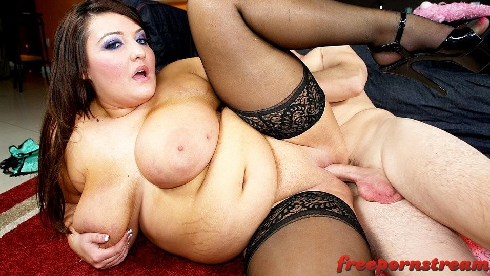 Plumperpass.com – Maid to Order Kandi Kobain 2010 Tit Shot
